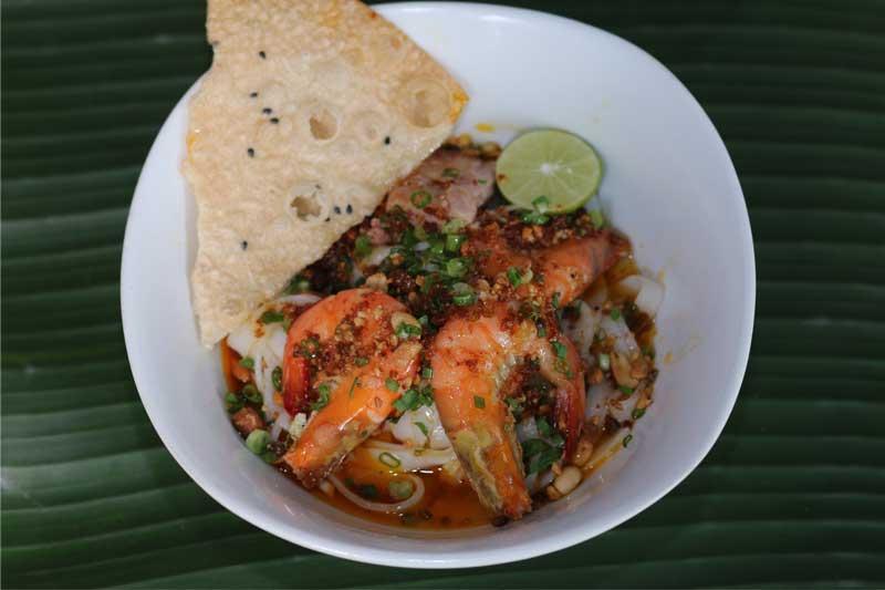Ăn mì quảng ở đâu ngon nhất Sài Gòn
